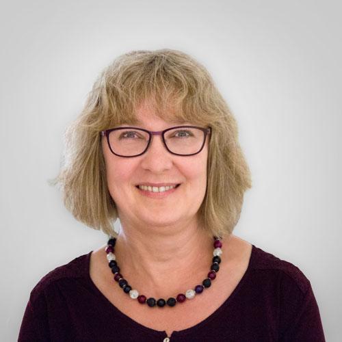 Frau Ruth Schuck
